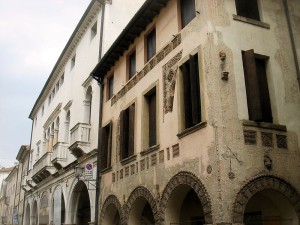 800px-Conegliano_-_Palazzo_Sarcinelli_e_Casa_Longega_-_Foto_di_Paolo_Steffan